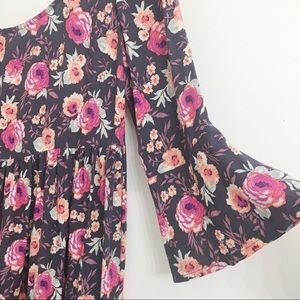 American Eagle Outfitters Dresses - American Eagle Outfitters Floral Mini Dress D0172